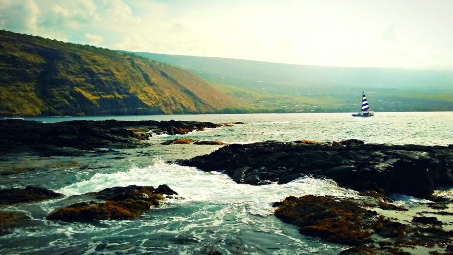 Sailing the Hawaiian Coast