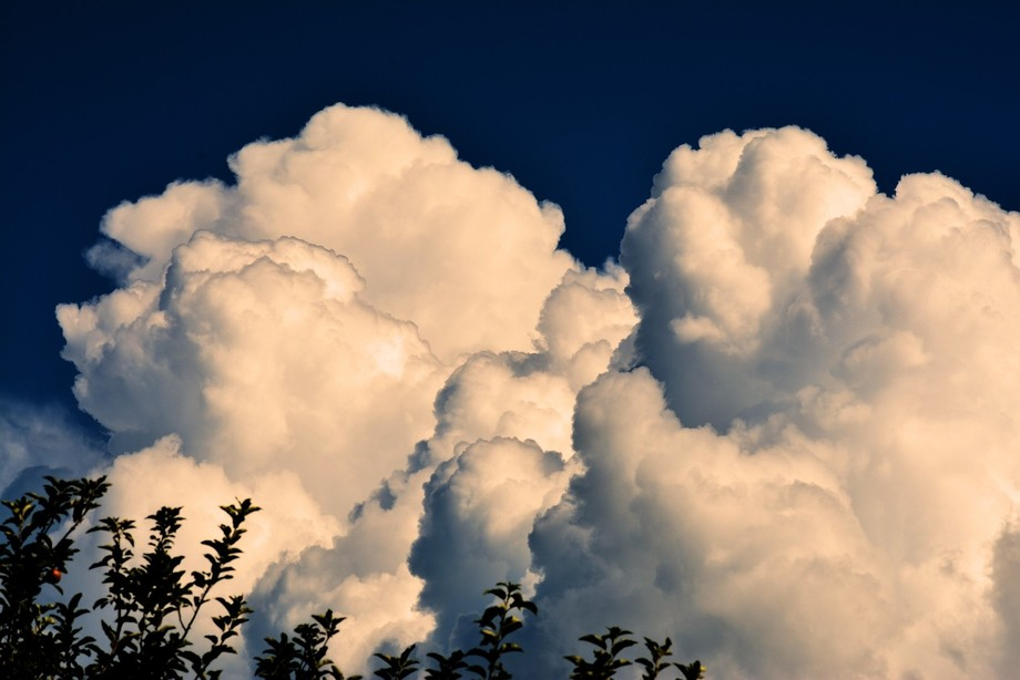 New camera. learning the settings. Someday I will master a cloud shot