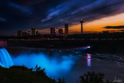 Niagara's at Night