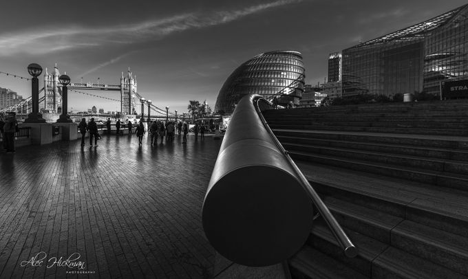 London's south bank by alechickman - Black And White Compositions Photo Contest vol3