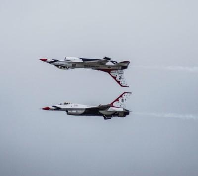 Thunderbirdds topgun move