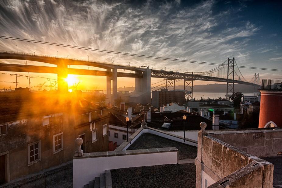 Sunrise on Lisbon with a view for the 25 de Abril Bridge