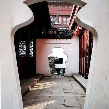 China doorway