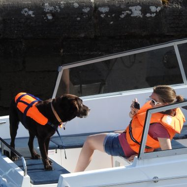 On candid Camera on One's Cabin Cruiser @ Fortaugustas