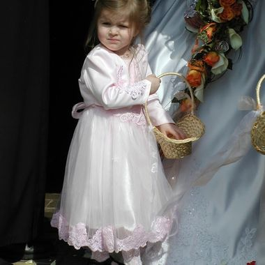 Little bridesmaid at a Wedding i photographed.
