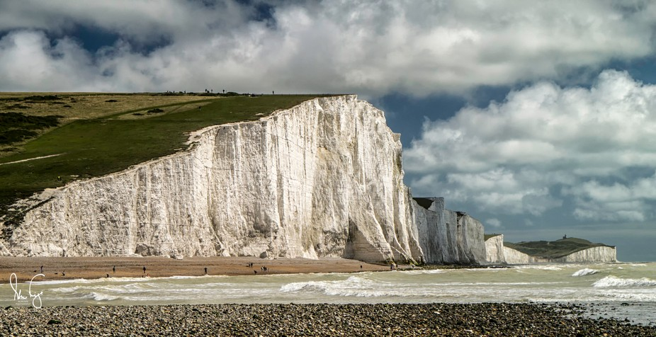 The seven sisters are the white cliffs that stretch from seaford towards Eastbourne in East Sussex.