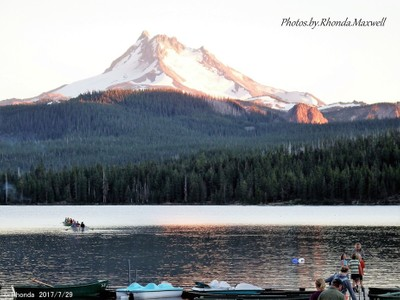 Olallie Lake, Oregon with Mount Jefferson in background