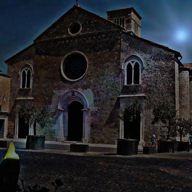 An Italian church in a dusk scenario.