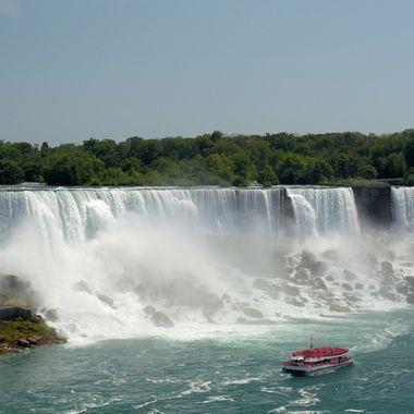 American Falls & Hornblower boat #4