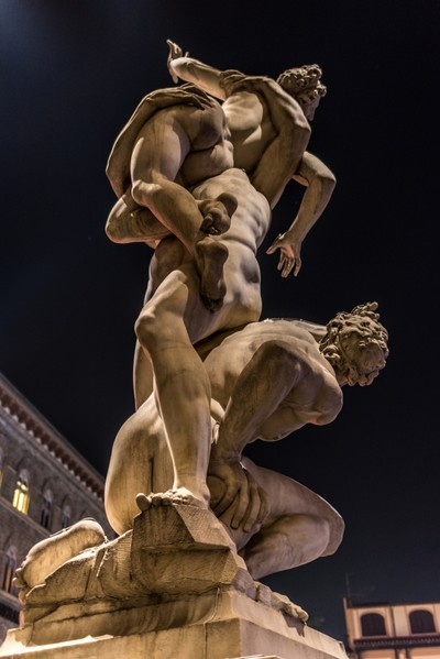 Night time view of the Rape of the Sabine Women