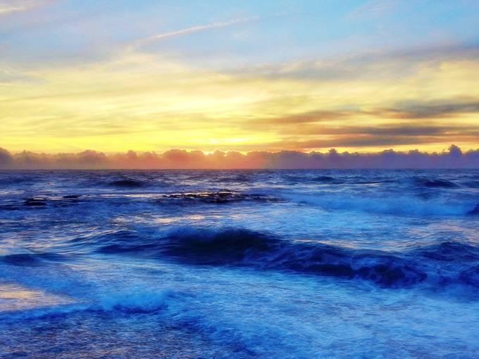 Sunrise Punalu'u Hawaii