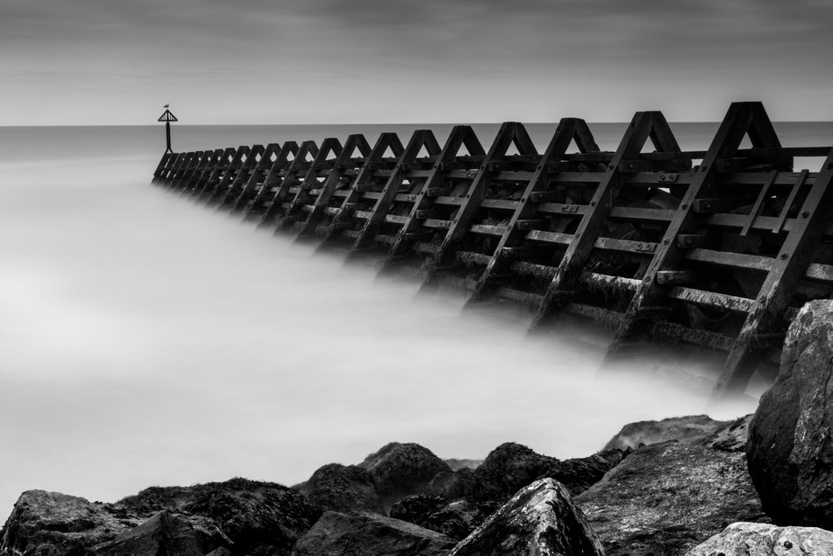 Long exposure, and the gull sat perfectly still for a full 1 minute 44 seconds!