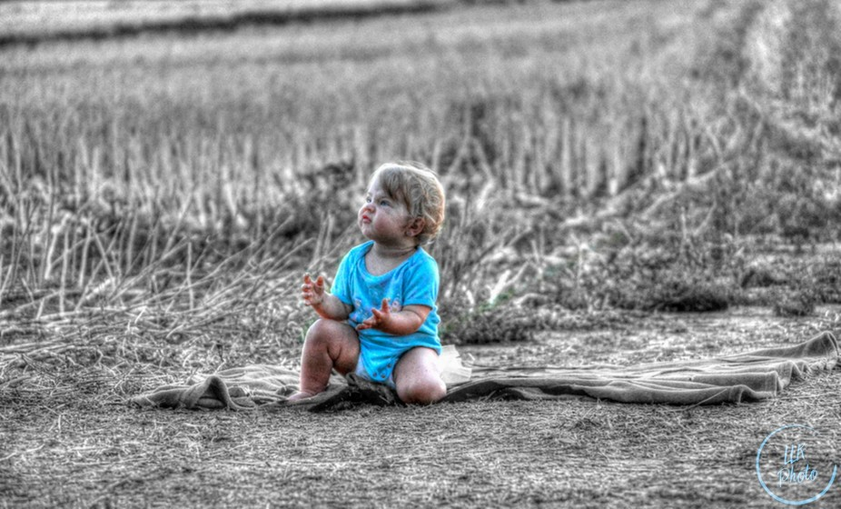 Painting color and BW effect. Our litlle princess is absolutelly awesome
