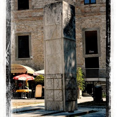 Monument in the Plaza of Spoleto.