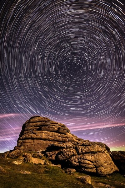 Haytor Rocks at night