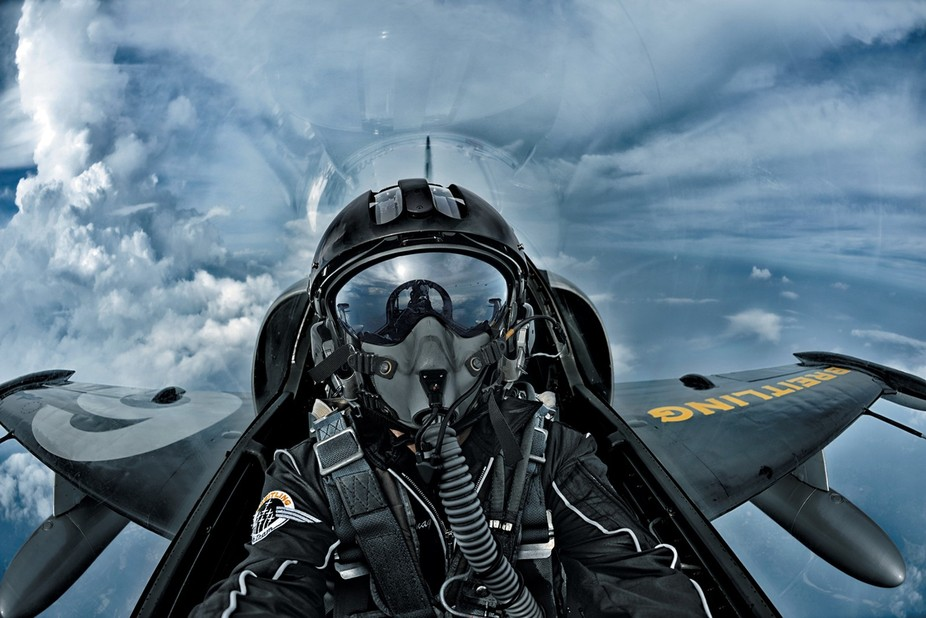 pilot patrouille breitling