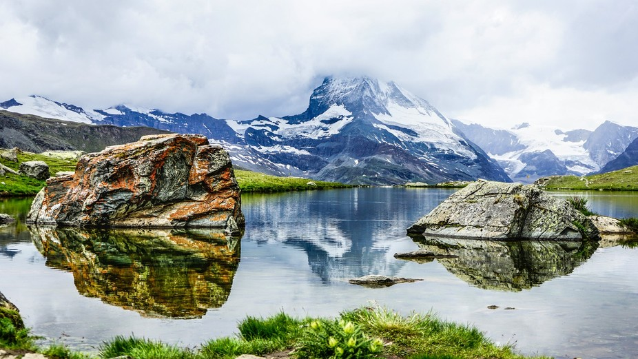 The reflection of Mt. Matterhorn! The weather wasn't good that day. It was cloudy and ra...