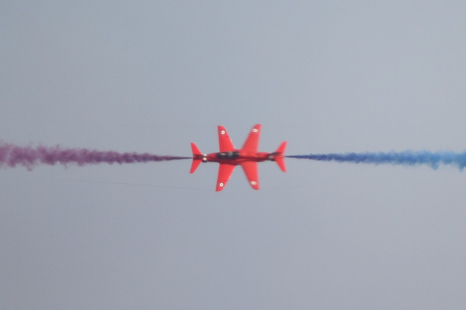 Red Arrows 2017 Cross Over