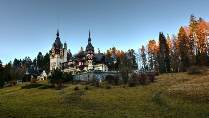 Peles Castle by 13th - Enchanted Castles Photo Contest