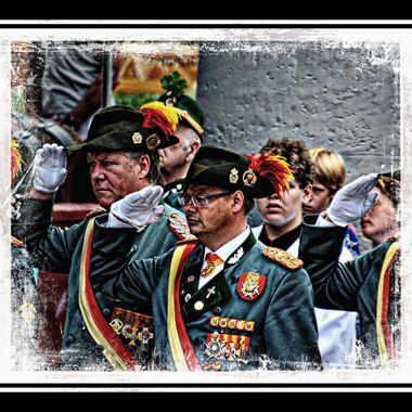 Schtzenverein members at the summer Libori festival in Germany.