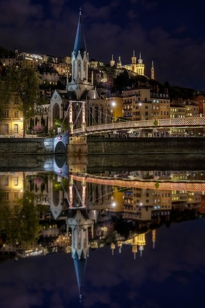 Reflection on the Saône in Lyon