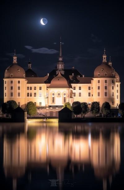 Moon over Castle Moritzburg II