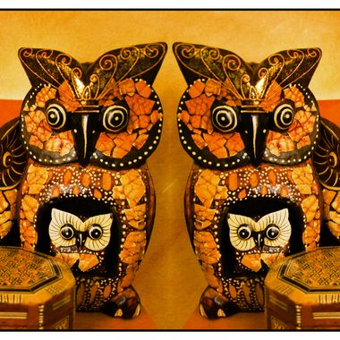 Owl ornaments mirror imaged.
