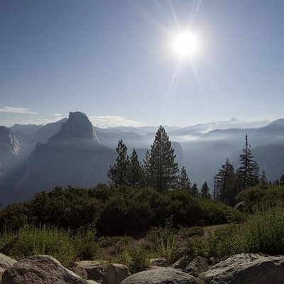 The nearby forest fires certainly changed the landscape with smoke sitting in the valley near Glacier point, Yosemite. #ExploreCalifornia #AmericanRoadtrip #NationalParks #Yosemite #LandscapePhotography #GoPro #Hero5 #WhatAView #OnTour #SmokeyBear #GetOut