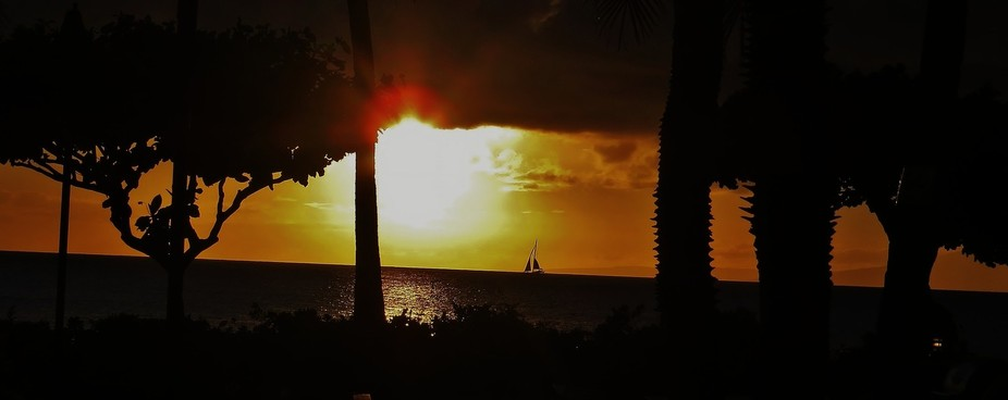 Sunset at The Road House Bar & Grill. The Sands of Kahana, Lahaina,Maui.