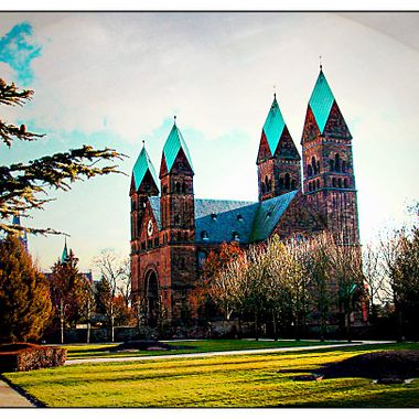 An old photo of the 4 tower church at Bad Homburg.
