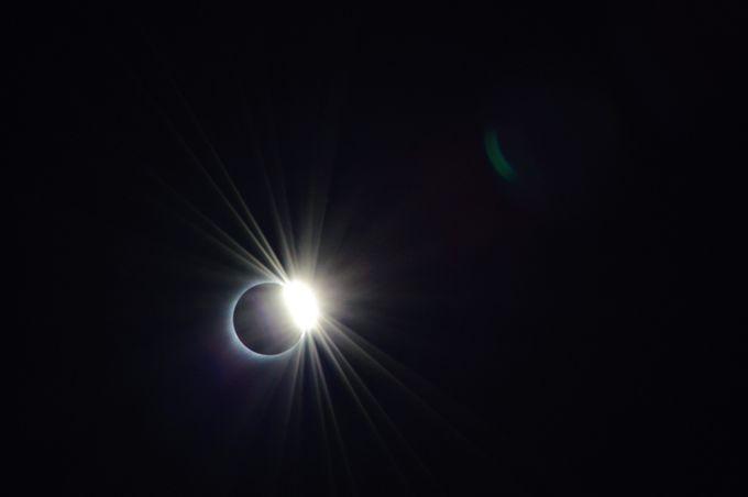 Solar Eclipse in 2017 by samvavra - 400 Solar Eclipse Shots Photo Contest