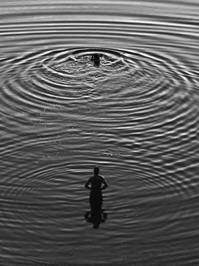 Night Swim by TomasRevaj - Composing With Circles Photo Contest