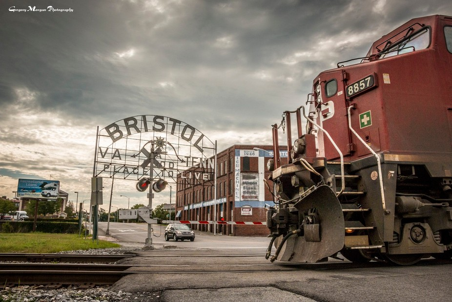 CP 8857 crossing State St
