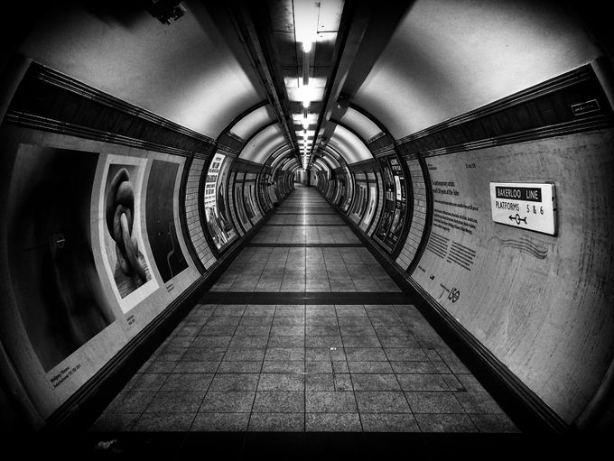 underground by markschlicht - Metro Stations Photo Contest