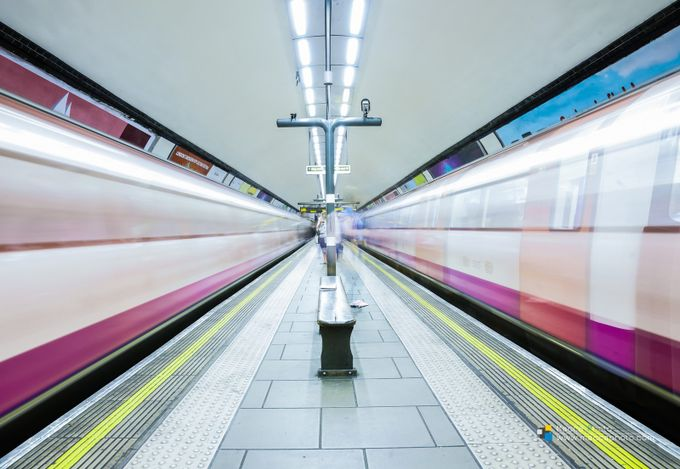LONDON UNDERGROUND by MaccaPhoto - Metro Stations Photo Contest
