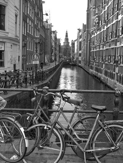 698, Amsterdam