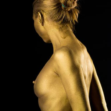 Golden bodypaint.  Model: Leo Johanna (Model Mayhem # 775409)