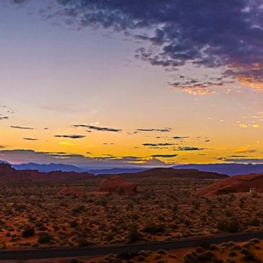 Sunrise in the Valley of Fire waiting for the Eclipse