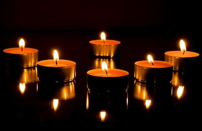 Candle light reflections