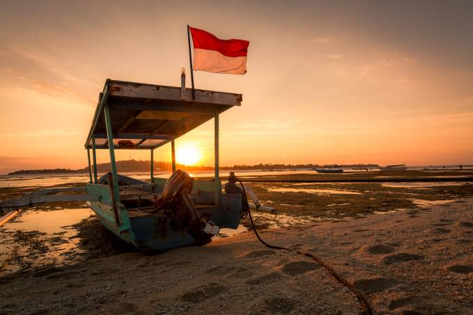 Sunset on Gili Meno III by danhaganphotography - Flags and Banners Photo Contest