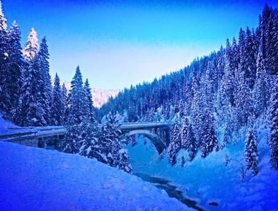Rainbow Bridge winter in Idaho