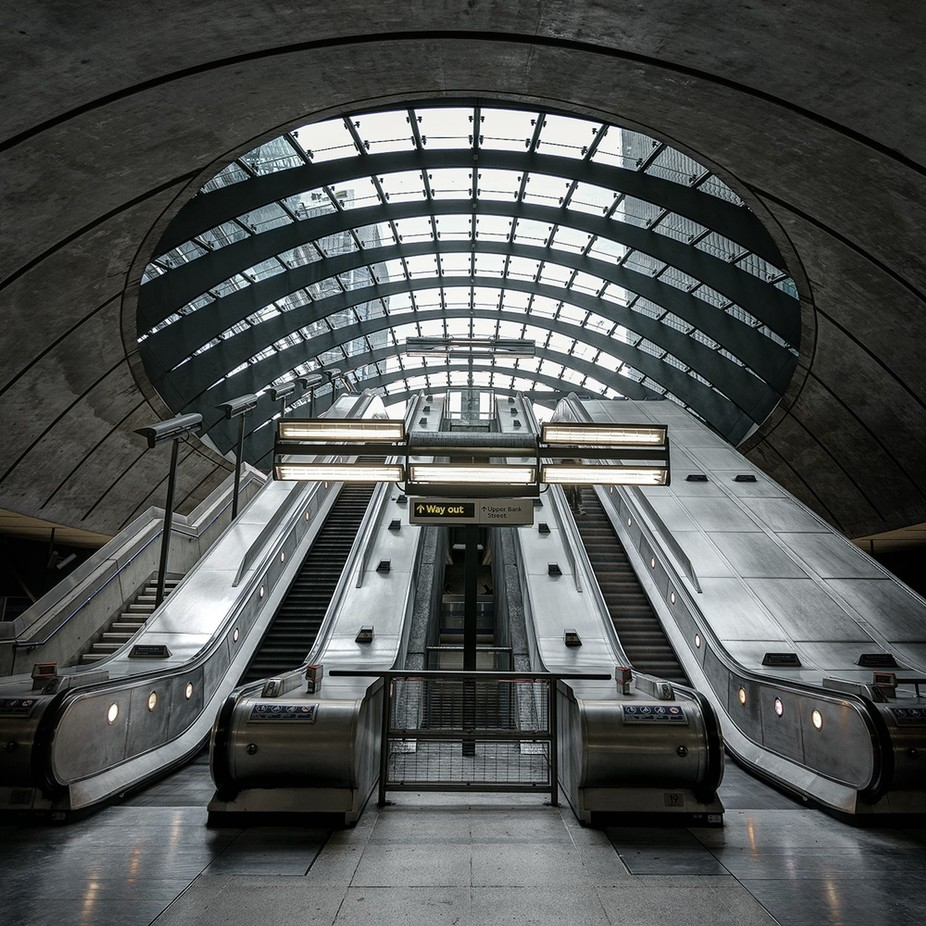 Canary Wharf Underground by artursomerset - Metro Stations Photo Contest