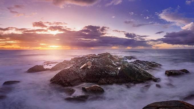 Costão da Praia da Joaquina - Fpolis - SC by Willian_Schneider - The First Light Photo Contest