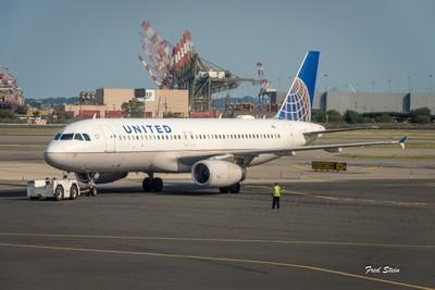 Airbus A-320 at Newark