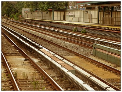 DSC064151 Train station ...