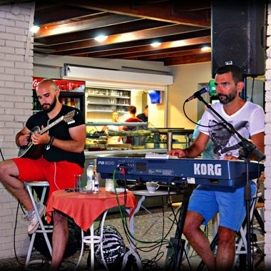 Greek music duo playing greek music.