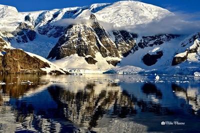 beautiful antartic morning