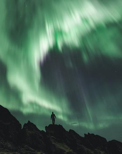 Amazing Aurora painting the sky