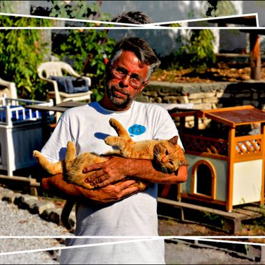 The Boss Cat & Boss Man at the Greek Cat rescue centre on Samos Island.