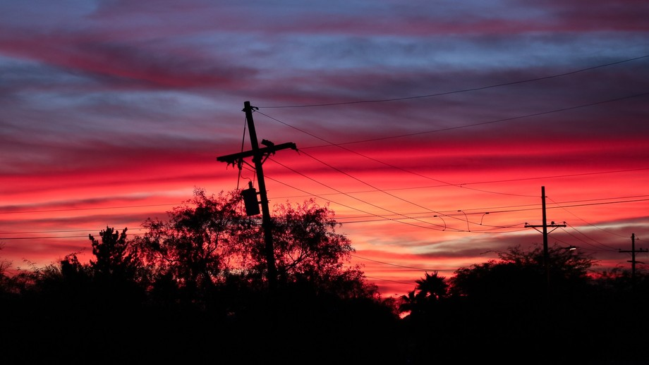 the colors of an Arizona sunset with extreme intensity